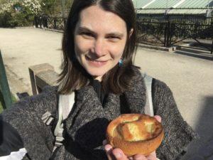 paris pres de parc georges brassens bakery treat pear sponge max poilane selfie